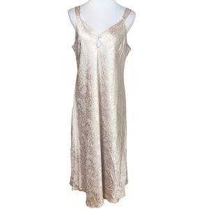Jones New York Nightgown Size 1X Beige Paisley